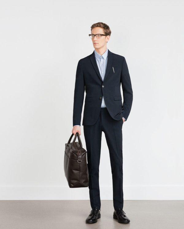 combinar-color-azul-traje-azul-de-zara