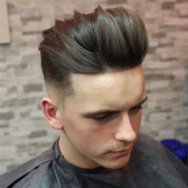 Cu les son los cortes de pelo y peinados para hombres de - Peinados de moda para chicos ...