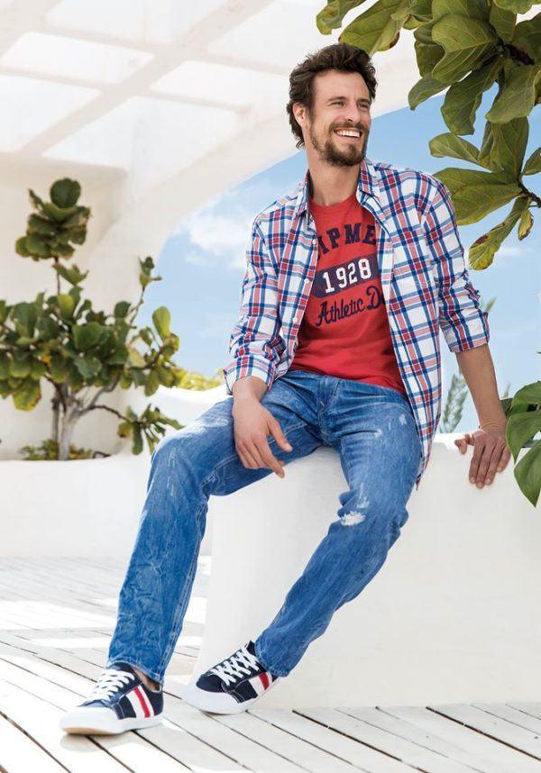 carrefour-rebajas-de-verano-en-ropa-y-calzado-2015-PROPUESTAS-camisa-cuadros-tejanos-zapatillas