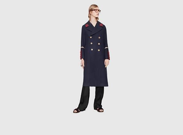 catalogo-gucci-hombre-otono-invierno-2015-2016-abrigo-militar