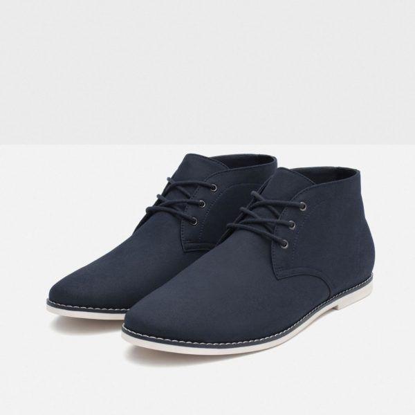 Zapatos clásicos y deportivos Prada. Disponibles modelos de hombre y de mujer.