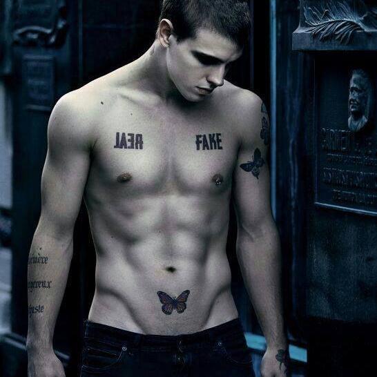 fotos-de-tatuajes-hombre-mariposa