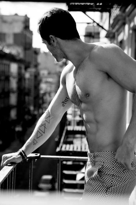 fotos-de-tatuajes-hombre-triangulos
