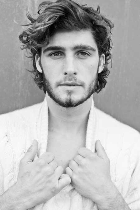 Peinados Cabello Largo Rizado Hombres Peinados Populares En Espana