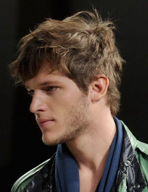 peinados-hombre-pelo-muy-corto-estilo-despeinado