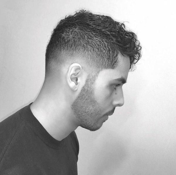 los-mejores-cortes-de-cabello-para-hombre-2016-pelo-ondulado-o-rizado-con-rapado
