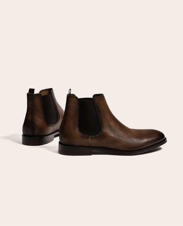 """56acb4ee7b0 Y si los buscas con colores que realmente """"escapen"""" a la norma para este  tipo de calzado"""