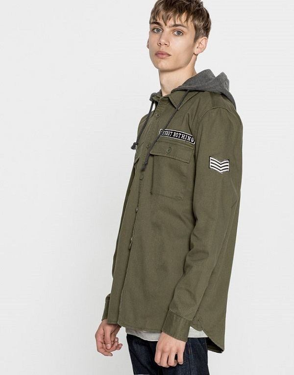 pull-and-bear-hombre-militar