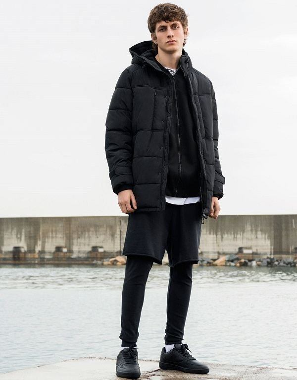 pull-and-bear-hombre-parkas-negro