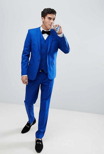 Cómo combinar bien una prenda de color azul  - Modaellos.com a5a1b68e9b6