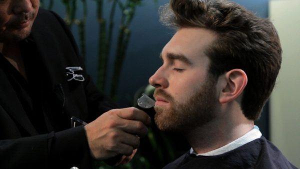 como-recortar-barba-con-maquinilla