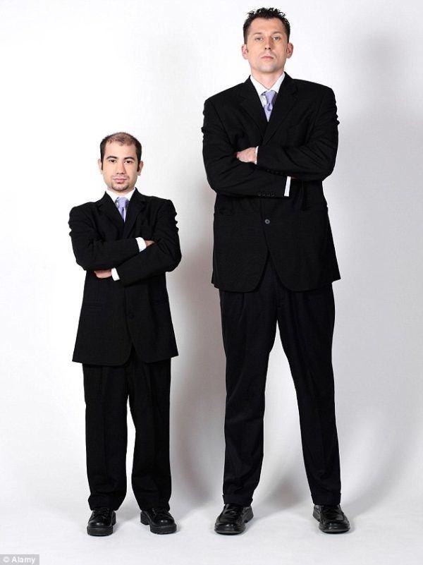 como-vestir-bien-dependiendo-de-la-altura
