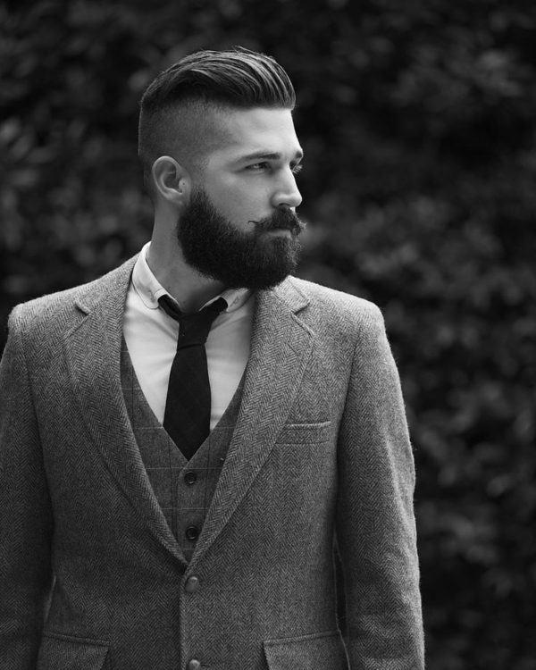 Nuevos cortes de pelo y peinados masculinos 2016 for Peinado hacia atras hombre