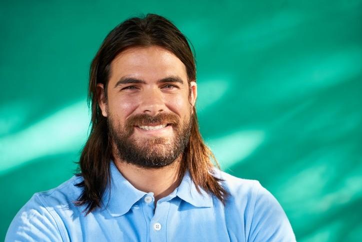 Fotos de pelo largo hombres