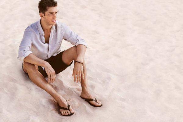 rebajas-verano-hm-2013-camisa-blanca-bermuda-marron