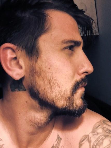 Cinco-pasos-para-hacer-crecer-tu-barba-acepta-tu-barba