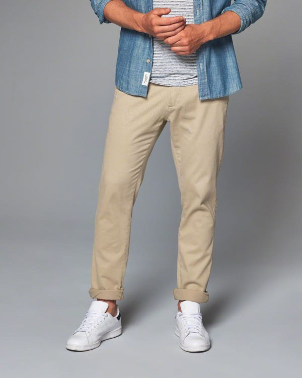 catalogo-abercrombie-otono-invierno-2016-2017-tendencias-moda-hombre-pantalones-chinos