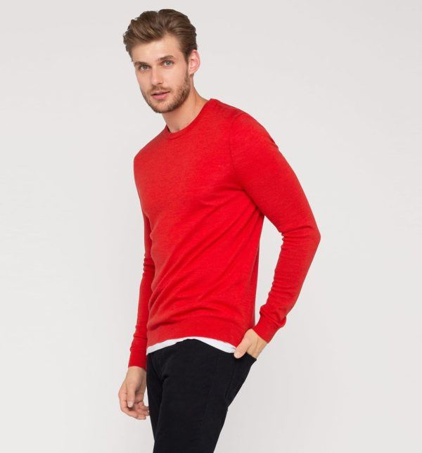 catalogo-cya-otono-invierno-2016-2017-tendencias-moda-hombre-jersey-rojo