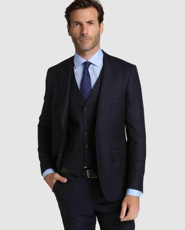 catalogo-el-corte-ingles-otono-invierno-2016-2017-tendencias-moda-hombre-traje-tres-piezas-negro