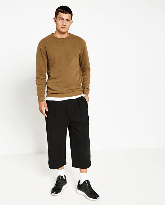 como-combinar-bien-los-colores-de-la-ropa-de-hombre-en-otono-invierno-2016-2017-marron-tostado-negro