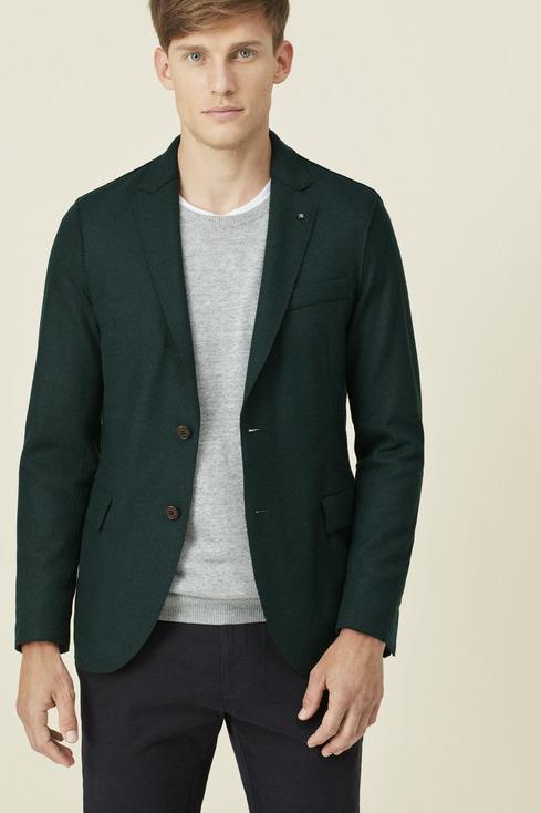 purificacion-garcia-rebajas-de-invierno-para-hombre-trajes-verde