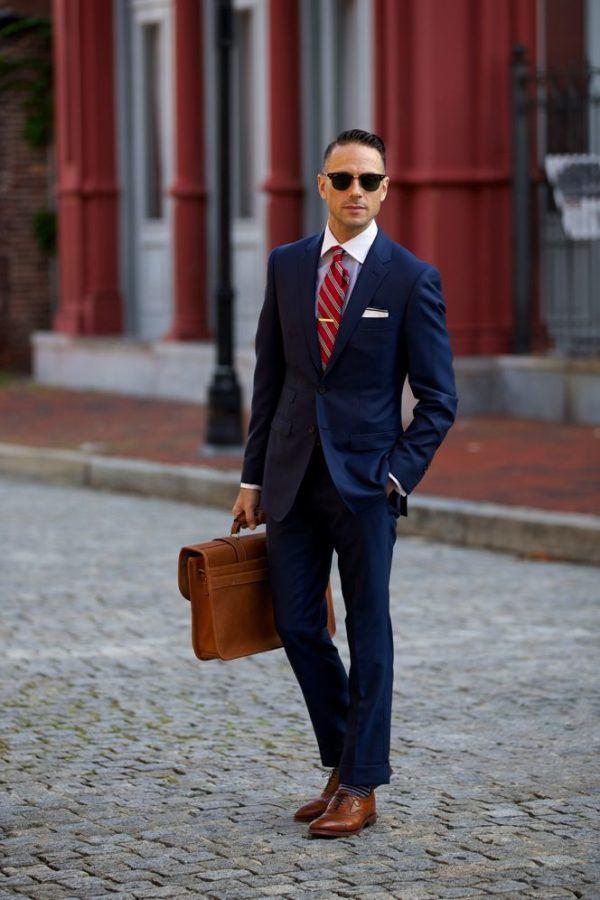 traje-azul-marino-combinaciones-camisa-blanca