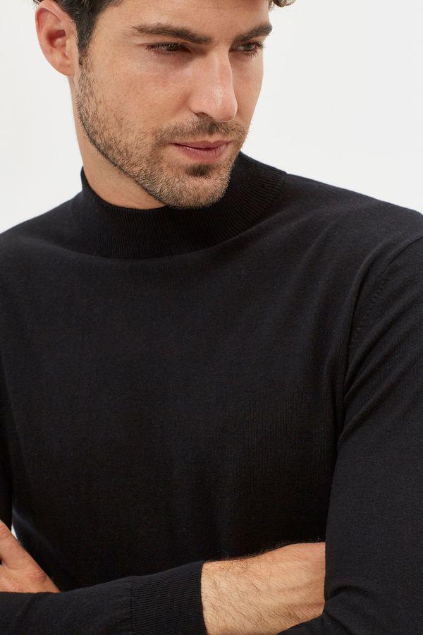 catalogo-cortefiel-otono-invierno-2016-2017-tendencias-moda-hombre-jersey-cuello-perkins