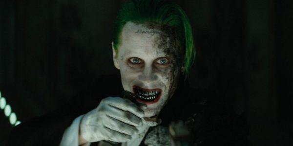 como-maquillarse-en-el-joker-en-el-escuadron-suicida-enfado