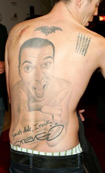 Tatuajes steve o espalda