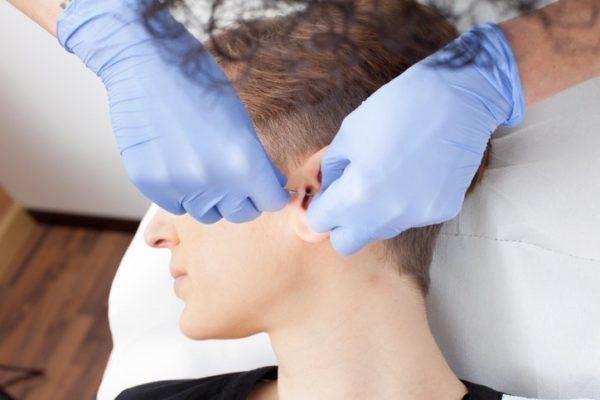 Piercing para hombres piercing tragus