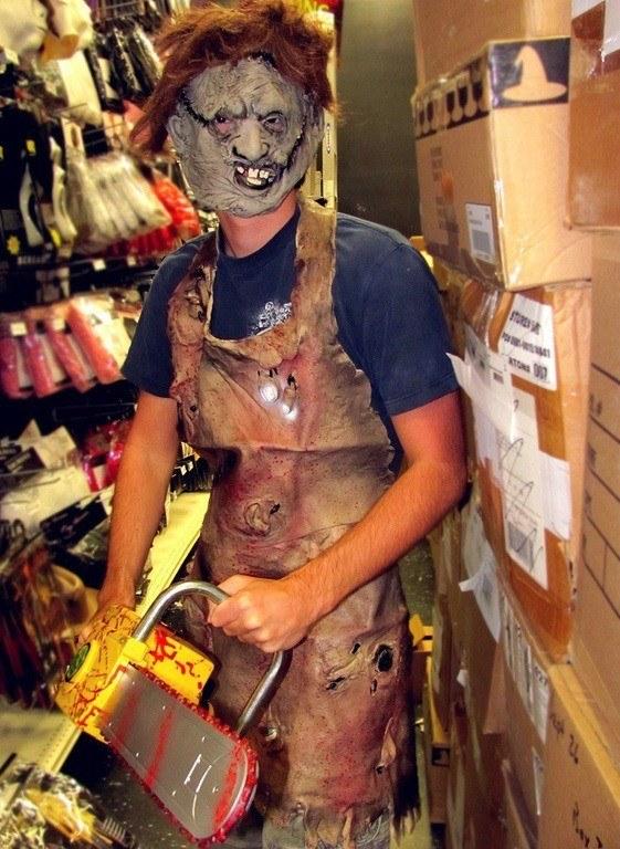 Disfraz de Leatherface mascara de piel humana