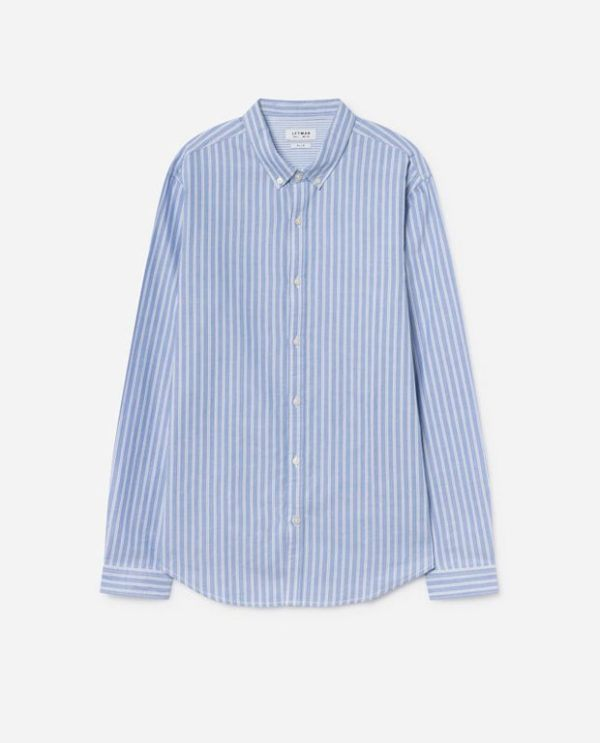 """c10c51e60c Otro de los modelos de camisa que marca tendencia para la temporada de  Primavera Verano 2019 es la camisa negra """"essential"""" que veis en la imagen.  Lefties ..."""