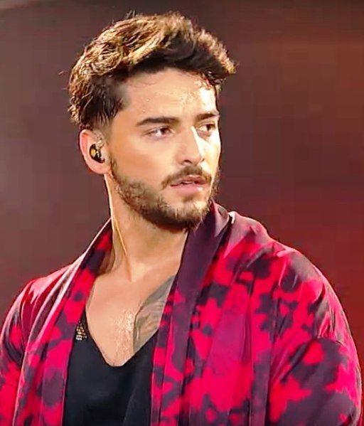 5235baf2e Los hombres más guapos del mundo 2019 - Modaellos.com