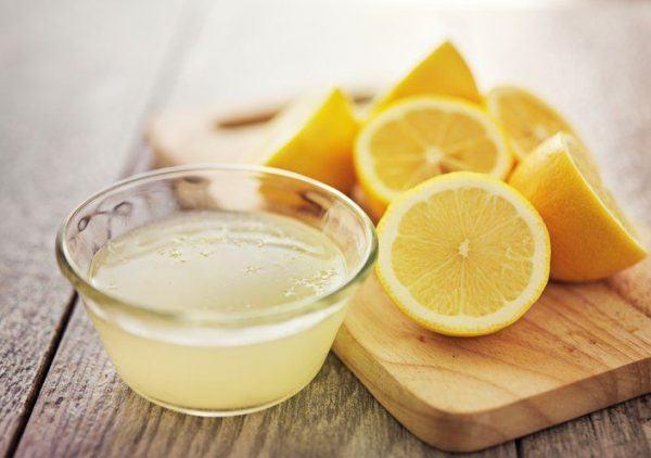 Remedios cabello graso limon