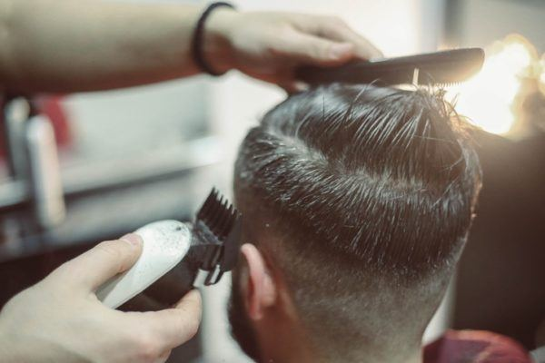 cortes-de-pelo-para-hombre-peluquero