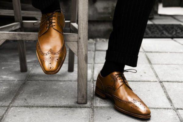 Zapatos brillantes