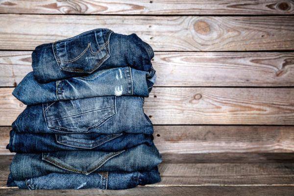 Cómo cuidar la tela de los vaqueros para evitar que se gasten