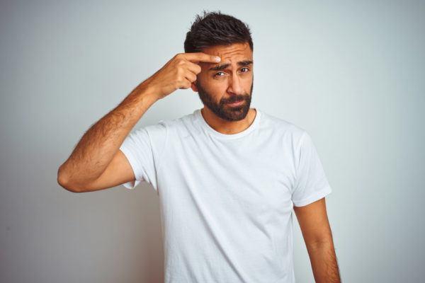 Causas del acné en el hombre